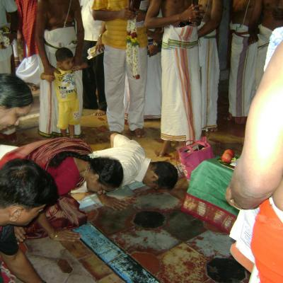 Prostrations To Swamigal After Sambhavanai