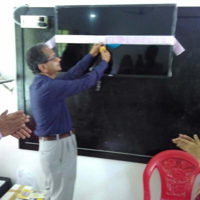 Dpf Mt Cutting The Tape To Inaugurate The System